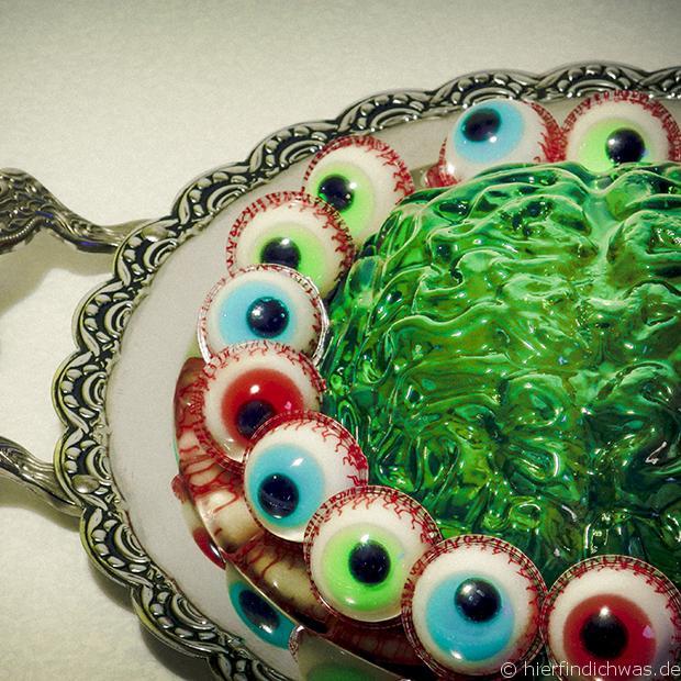 halloween grusel mottoparty gehirn zombie wackelpudding dessert. Black Bedroom Furniture Sets. Home Design Ideas
