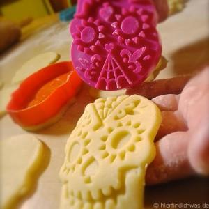 Auf jedem Keks ein Gesicht der Vier ...