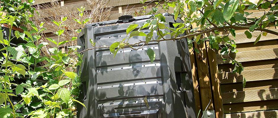 kompostbeschleuniger rezept selbst herstellen oder kaufen tipps. Black Bedroom Furniture Sets. Home Design Ideas