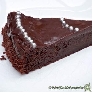 Schokoladenkuchen Anschnittbild mit Glasur
