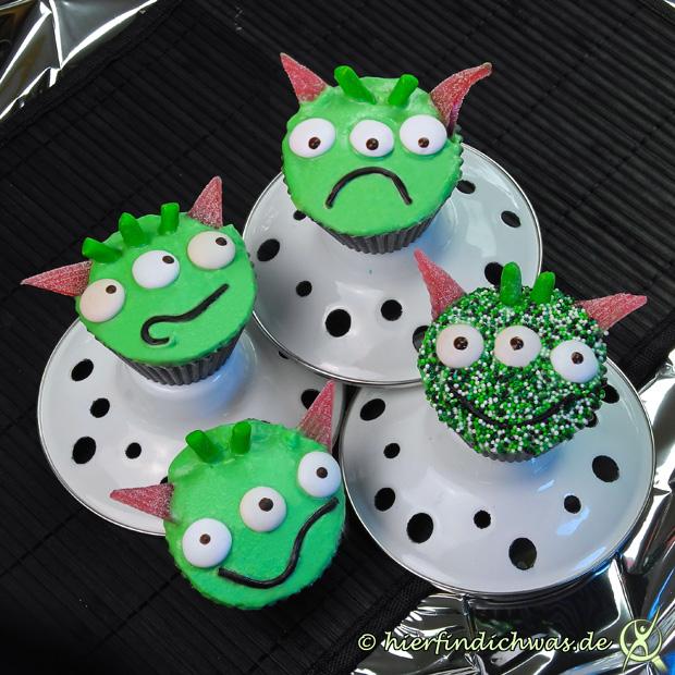 Alien Cupcakes fuer eine Mottoparty