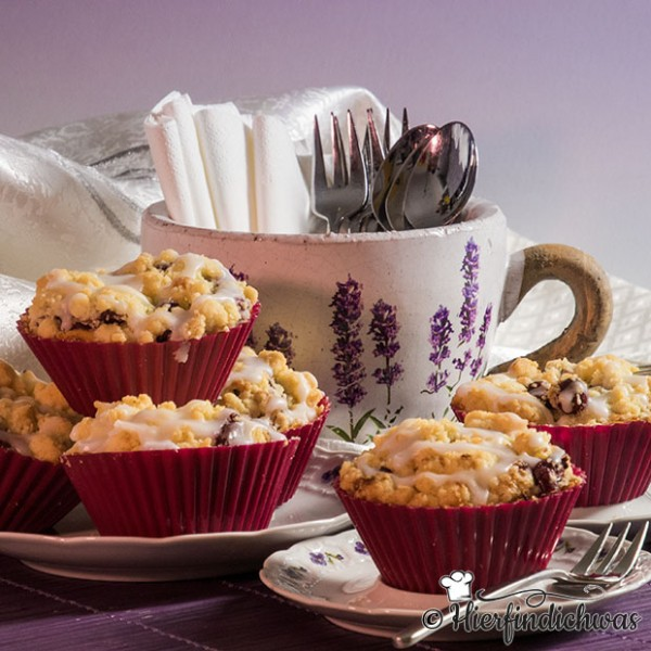 apfelmuffins mit cranberries und streuseln fruchtig lecker. Black Bedroom Furniture Sets. Home Design Ideas