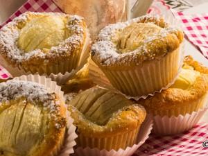 Apfelmuffins mit Berberitze