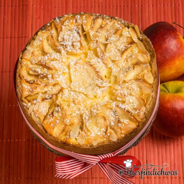 Rezept fuer eine Kombination aus Apfelkuchen und Kaesekuchen