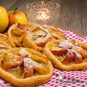 Blaetterteig mit Apfel
