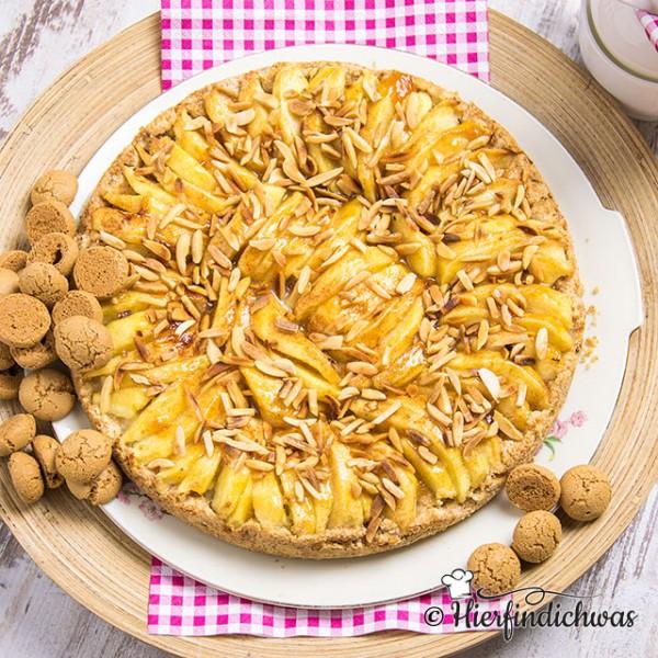 Apfelkuchen Mit Mandelgeschmack Amarettini Broeselboden