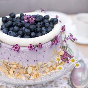 Fruchtige Obsttorte mit Heidelbeeren