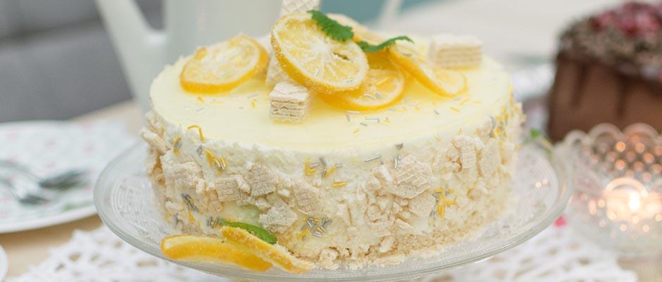 Zitronen Buttermilchtorte