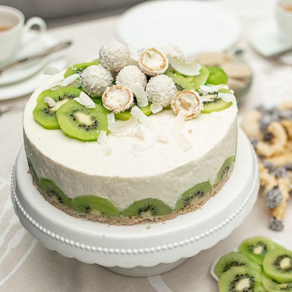 Kiwi-Tortenrezept mit Mandarinen und Buttermilchcreme